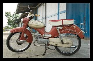 BURSA MOTOR ANTIK : Dijual DKW Hummel Super 61