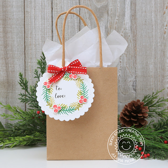 Christmas Wreath Gift Tag by Juliana Michaels featuring Sunny Studio Stamps Scallop Tag Circle Die and Season's Greetings Stamp Set