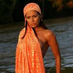 Renata Gonzalez Fotos Vestida De Color Naranja Foto 4