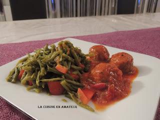 http://recettes.de/boulettes-de-viande-hachee-a-la-sauce-tomates
