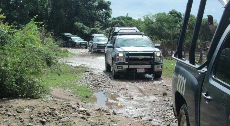 Confirman enfrentamiento entre grupos armados en Escuinapa