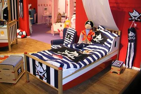 dormitorio decorado tema piratas