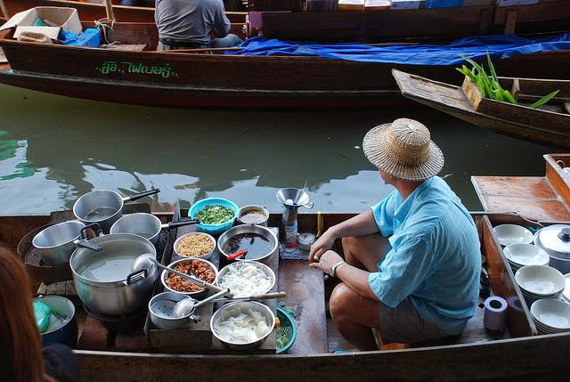 When You Go Shopping At This Incredible Market, Bring A Bag AND A Boat
