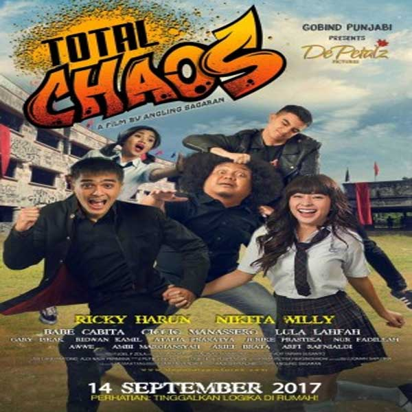 Total Chaos, Total Chaos Synopsis, Total Chaos Trailer, Total Chaos Review, Poster Total Chaos