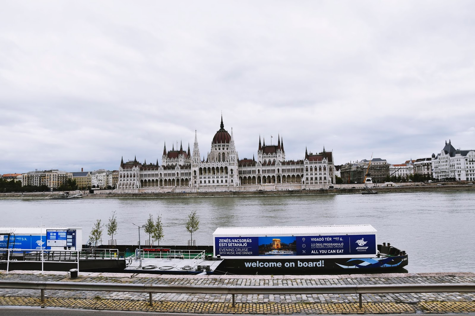 budapesz parlament