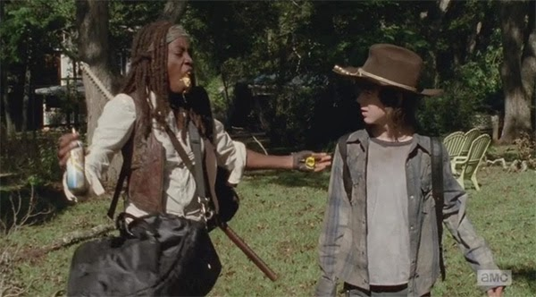 "Michonne en el momento ""queso loco"" de  The Walking Dead 4x11 - Claimed"