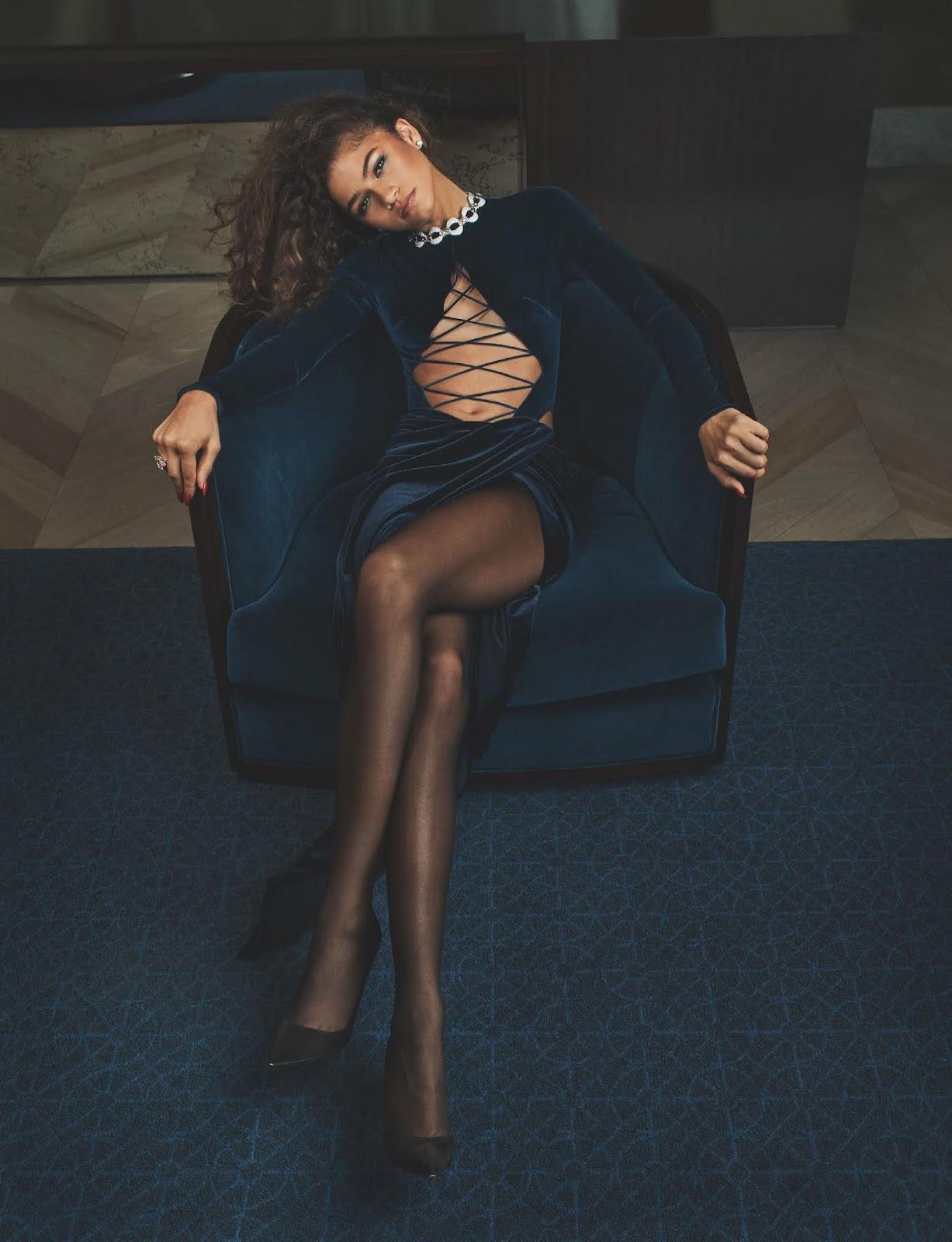 SMILE: Zendaya in British Vogue October 2021 by Craig McDean