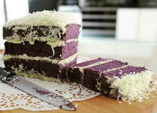 https://rahasia-dapurkita.blogspot.com/2017/01/taro-cheese-layered-sponge-cake.html