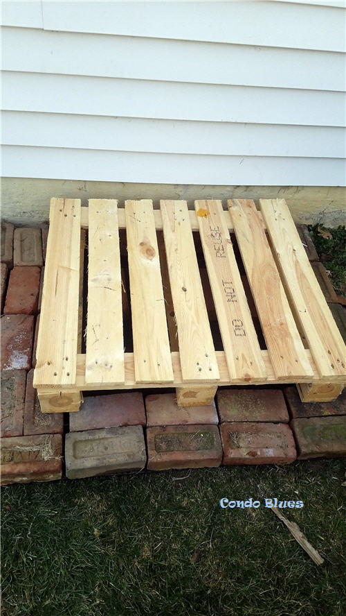 How to make a pallet compost bin stand
