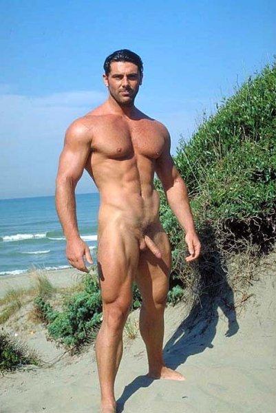 Superstar Naked Beach Man Scenes