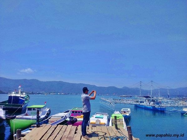 perahu-layar-warna-warni-hiasi-pelabuhan-tolitoli