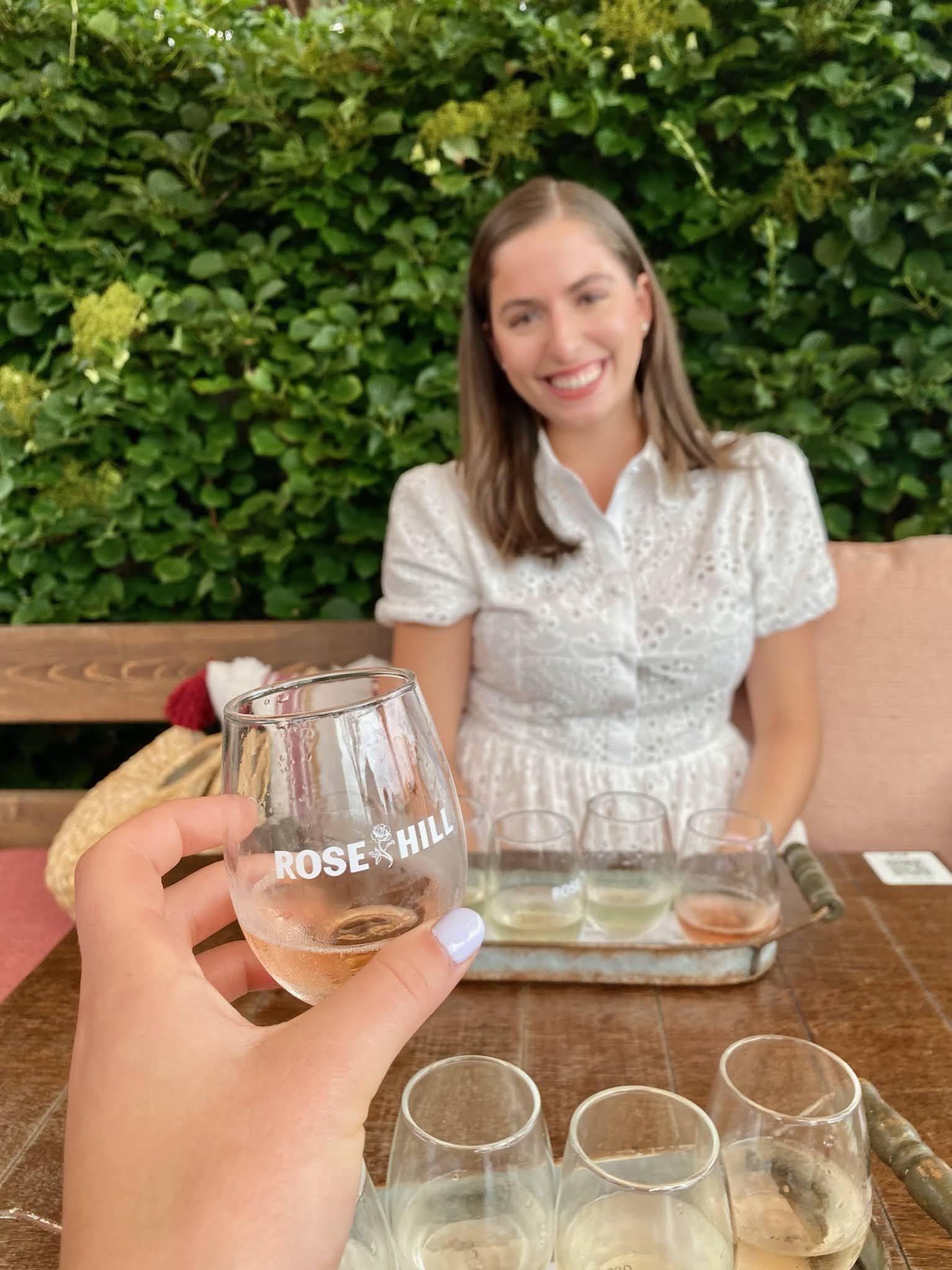 white wine, wine flight, long island, vineyard