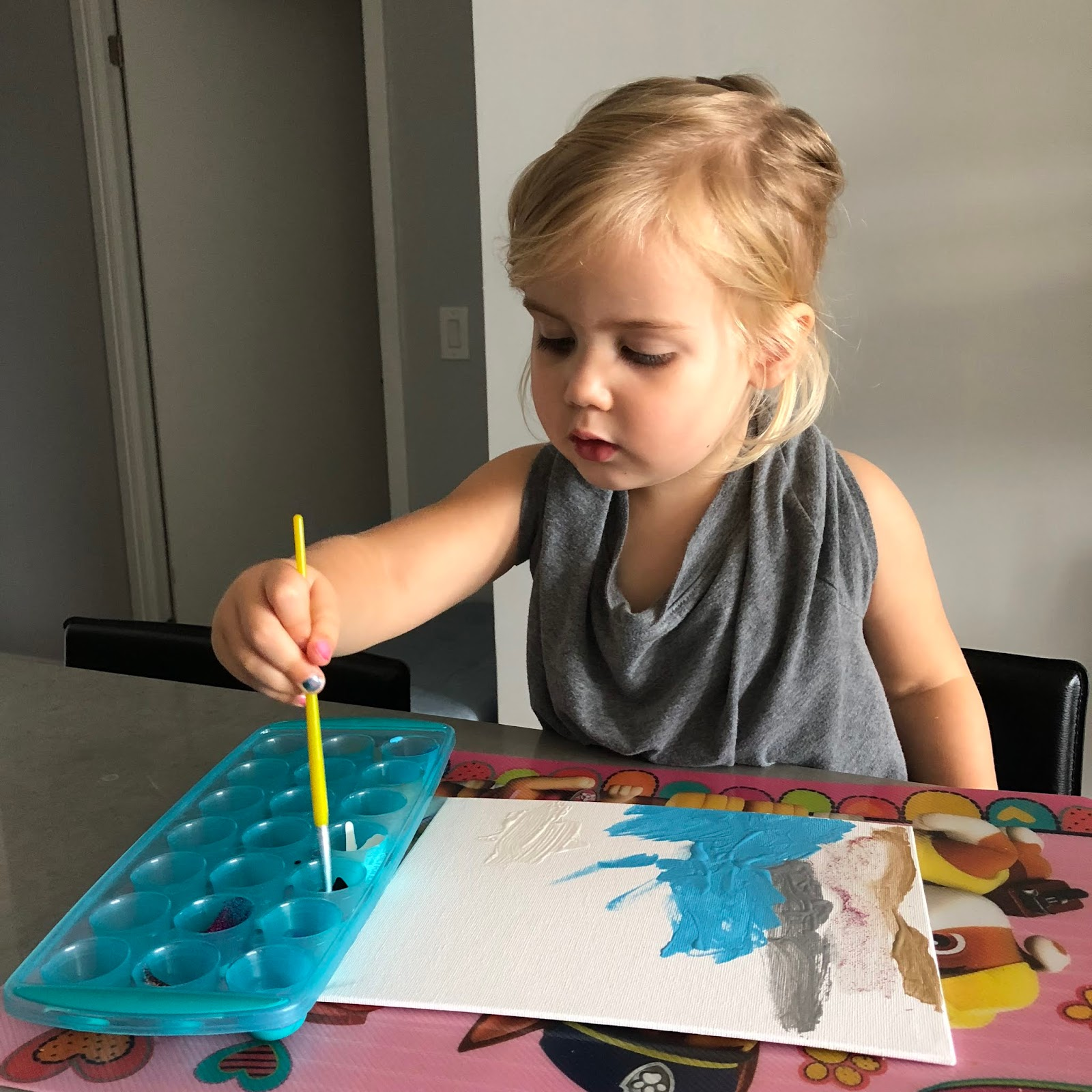 Easy At Home Preschooler Paint Station Plus Painting Smock DIY
