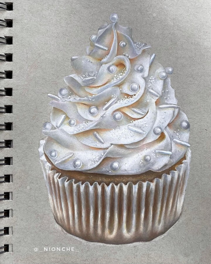 06-Chocolate-cupcake-with-vanilla-frosting-Niya-www-designstack-co