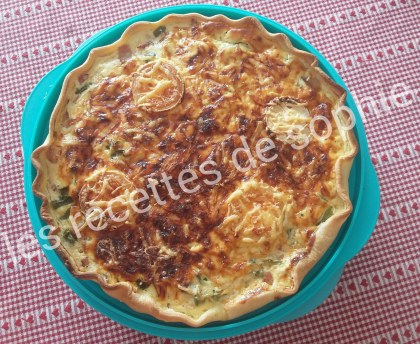 Pepper pie, bacon and three cheeses