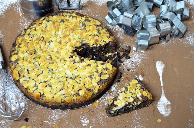 tarta de chocolate y almendras sin harina, tarta de chocolate y almendras, tarta de chocolate, tarta de chocolate casera, tarta de chocolate fácil, tarta de chocolate fácil y rápida,