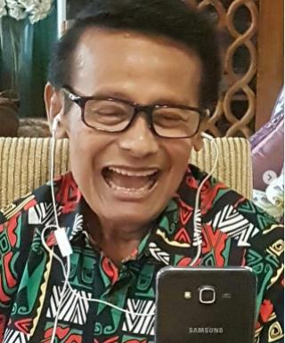 Profil Biodata Koes Hendratmo Agama, IG Instagram, Kronologi Meninggal Sakit Apa, Usia Sekarang, Istri dan Anak