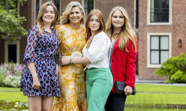 Queen Maxima wore a belted ruffled printed midi dress by Zimmermann, Amalia wore a new single breasted crepe blazer by Tommy Hilfiger