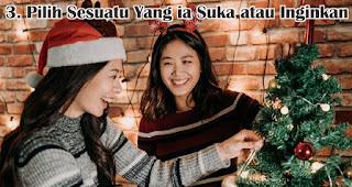 Pilih Sesuatu Yang ia Suka atau Inginkan merupakan  salah satu tips jitu pilih hadiah natal berkesan untuk sahabat
