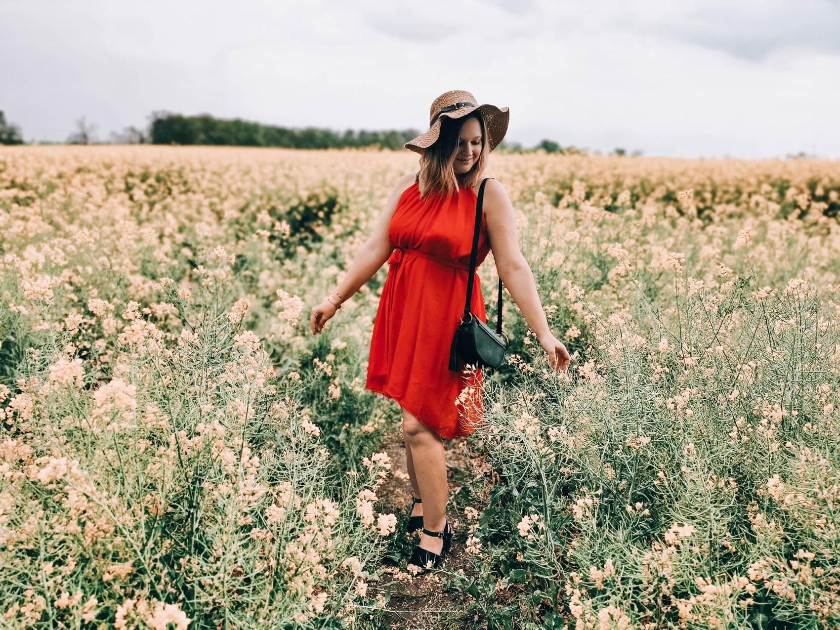 sukienka-na-wesele_czerwona