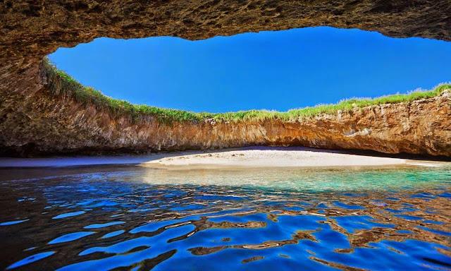 Praia Escondida, Ilhas Marietas, México