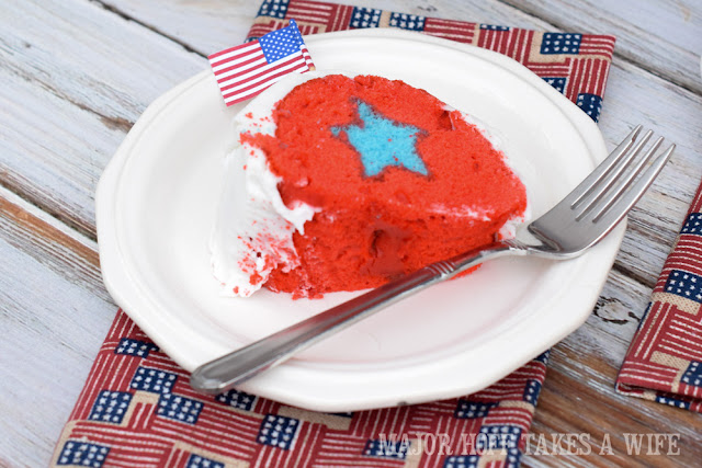 Star surprise in cake. Perfect for patriotic parties, commissionings, military retirement, or other Red White and Blue themed events.