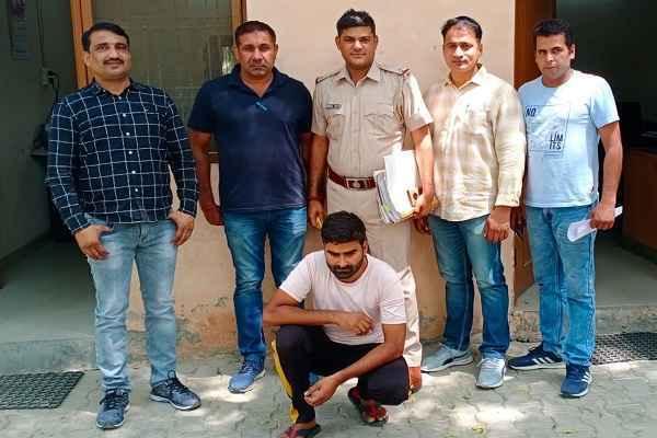 faridabad-crime-branch-sector-17-arrested-criminal-vinod