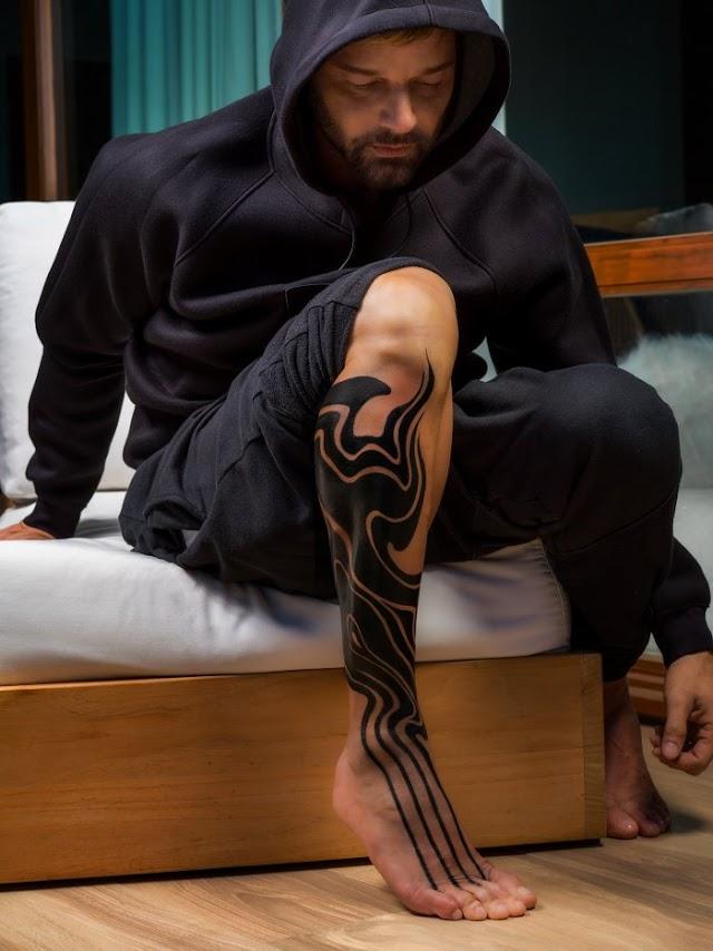 O Ricky Martin και το τατουάζ Κύμα