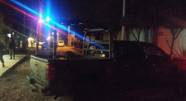 AL MOMENTO; Enfrentamiento a balazos en Culiacán..el lugar se encuentra acordonado por elementos del ejército mexicano