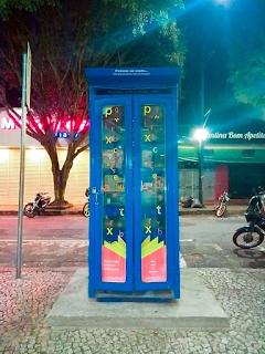 Cabine literária da rua São Paulo em Poços de Caldas