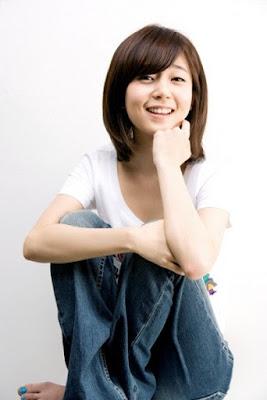 Baek Jin Hee Profile