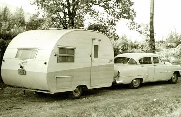 Art in Mind: New Vintage Camper series - Sneak peek!