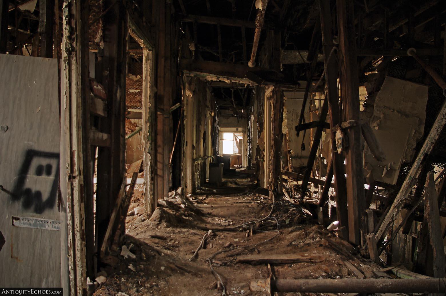 Brownsville General Hospital - Imploding