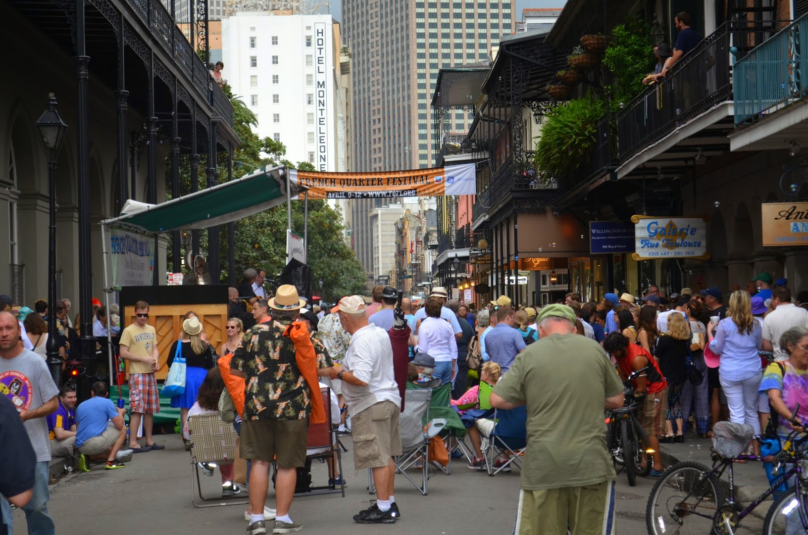 French Quarter Festival Street Style