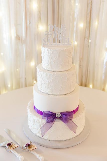 Wedding cake at Shenandoah Mill by Micah Carling Photography