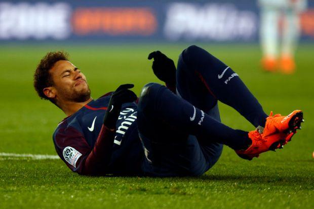 Neymar không kịp tham gia World Cup 2018, Ibrahimovic muốn tái xuất cùng ĐT Thụy Điển