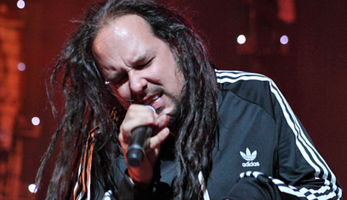 Jonathan Davis tenia hace mucho un álbum en solitario y lanzará covers de Korn?
