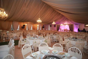 english barn marquee