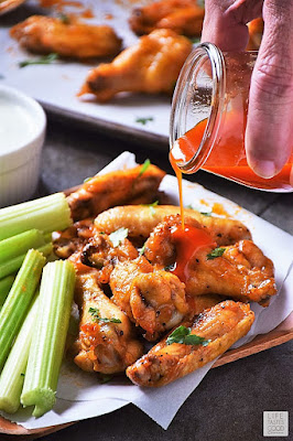 Low Carb Buffalo Wings with Gorgonzola Sauce