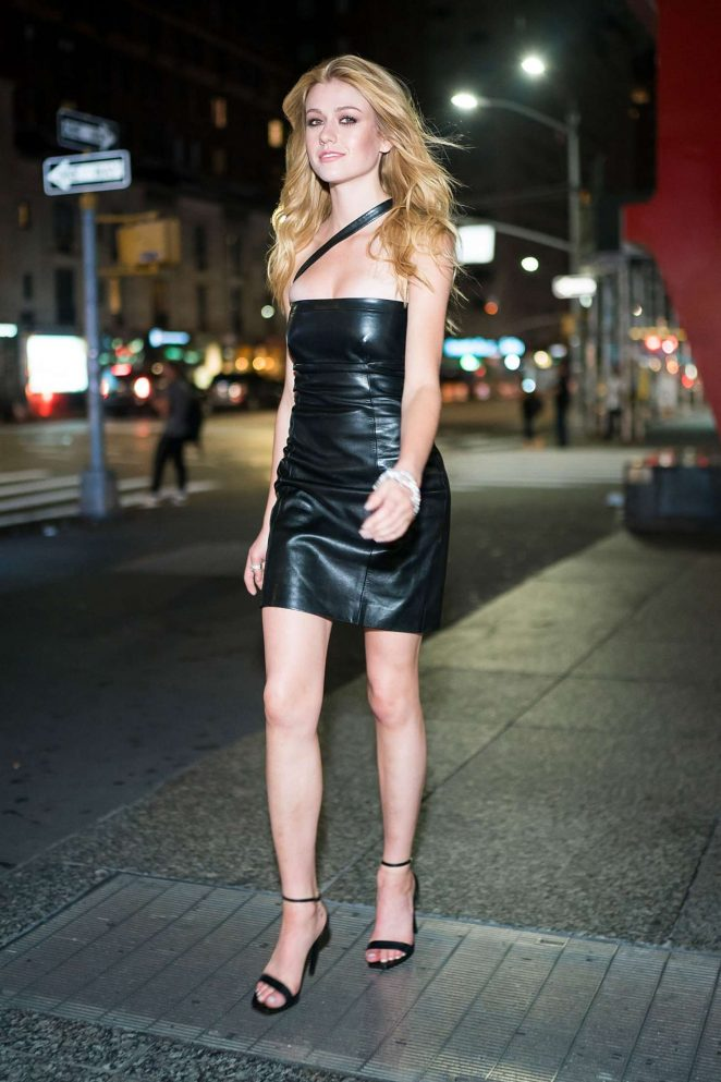 Katherine McNamara Hot (5 Photos)