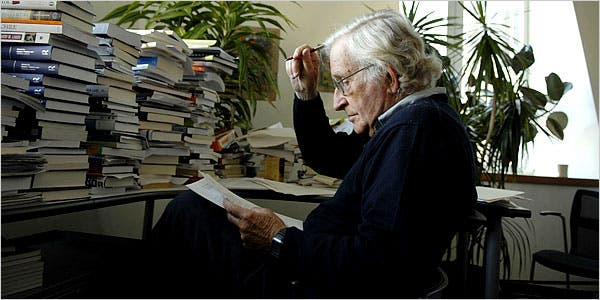 ¿Quienes son los dueños del mundo? | por Noam Chomsky