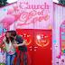यहाँ चर्च में ही बनाए जाते है शारीरिक संबंध, महिला कंडोम देकर रखती है निगरानी