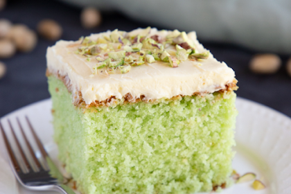 Best Ever Pistachio Pudding Cake Recipe