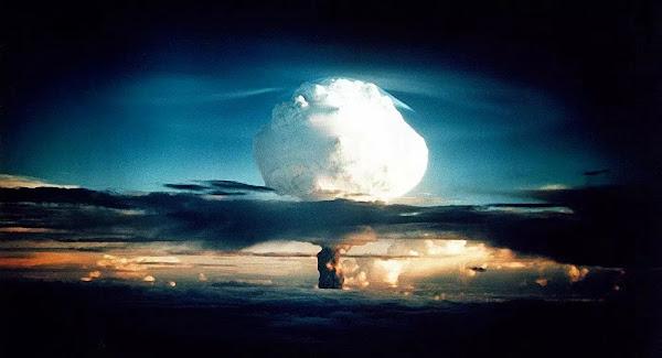 SCI-TECH : Rosatom publie une vidéo rare de l'essai de la bombe H la plus puissante du monde