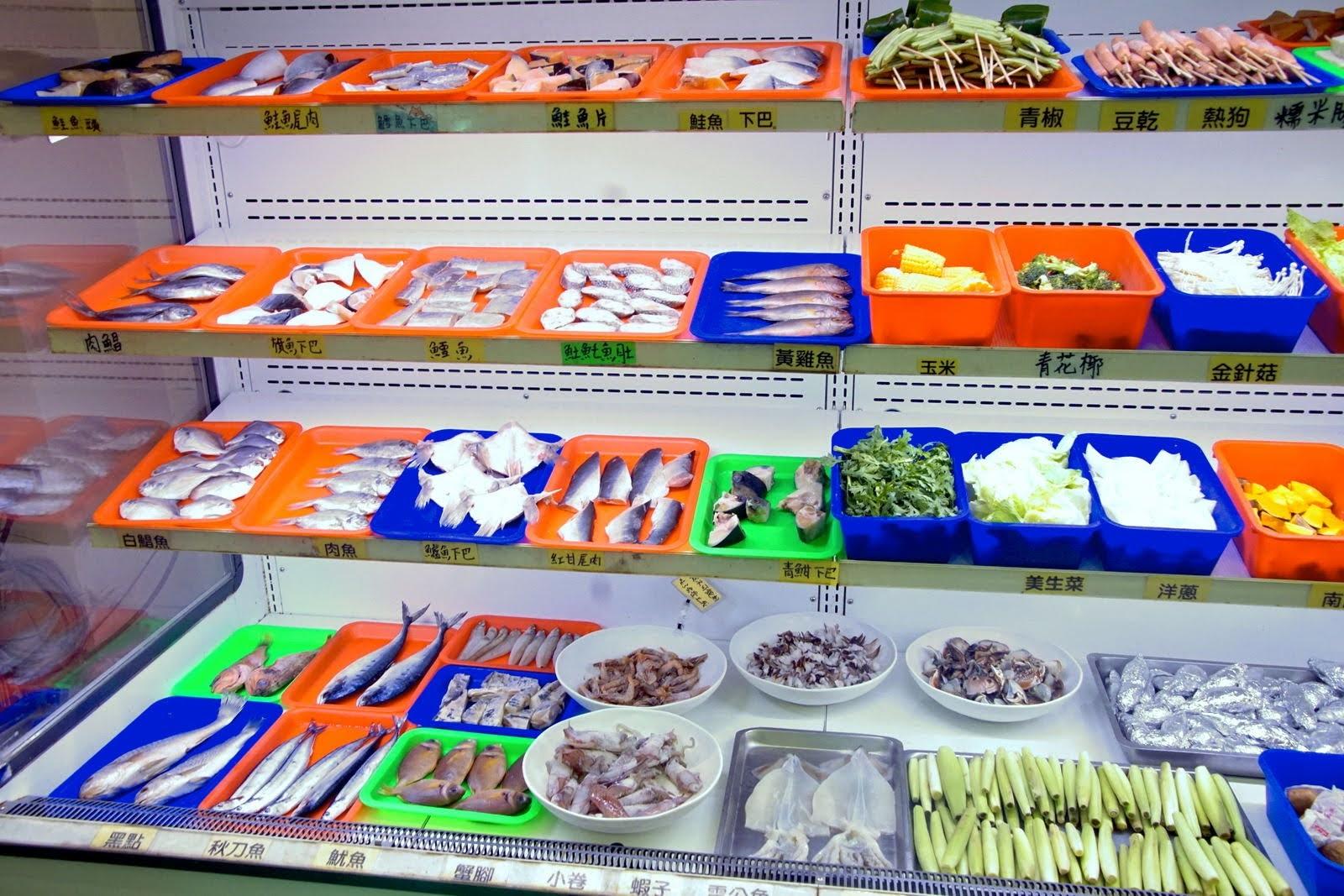 高雄|阿香澎湖炭烤|林園水母公園隱藏版海鮮炭烤吃到飽|當日現釣魚貨、澎湖直送海產吃免驚|食記