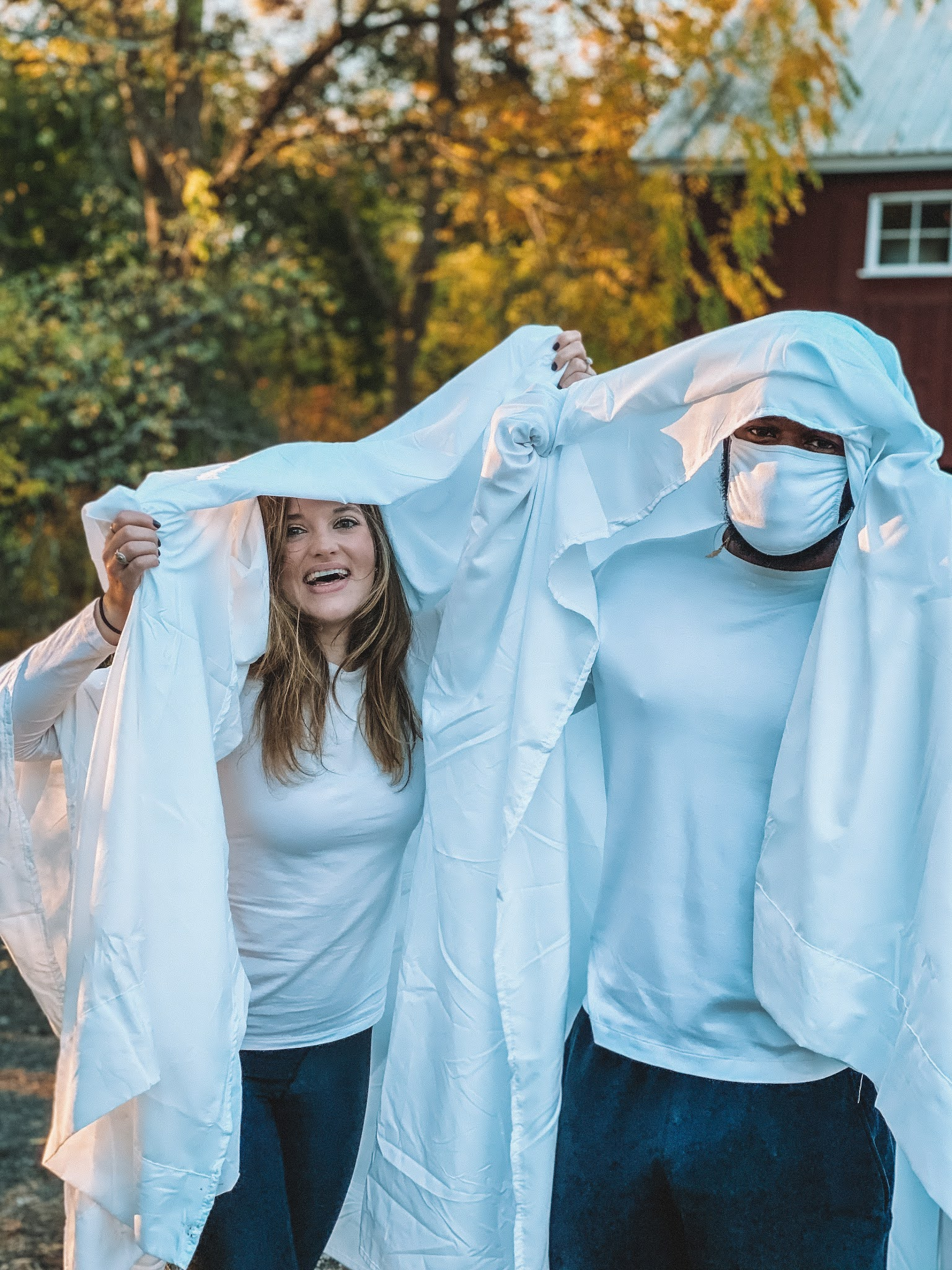 Fashion blogger Kathleen Harper sharing an easy couples costume idea for Halloween