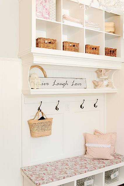 DIY mud room bench and storage