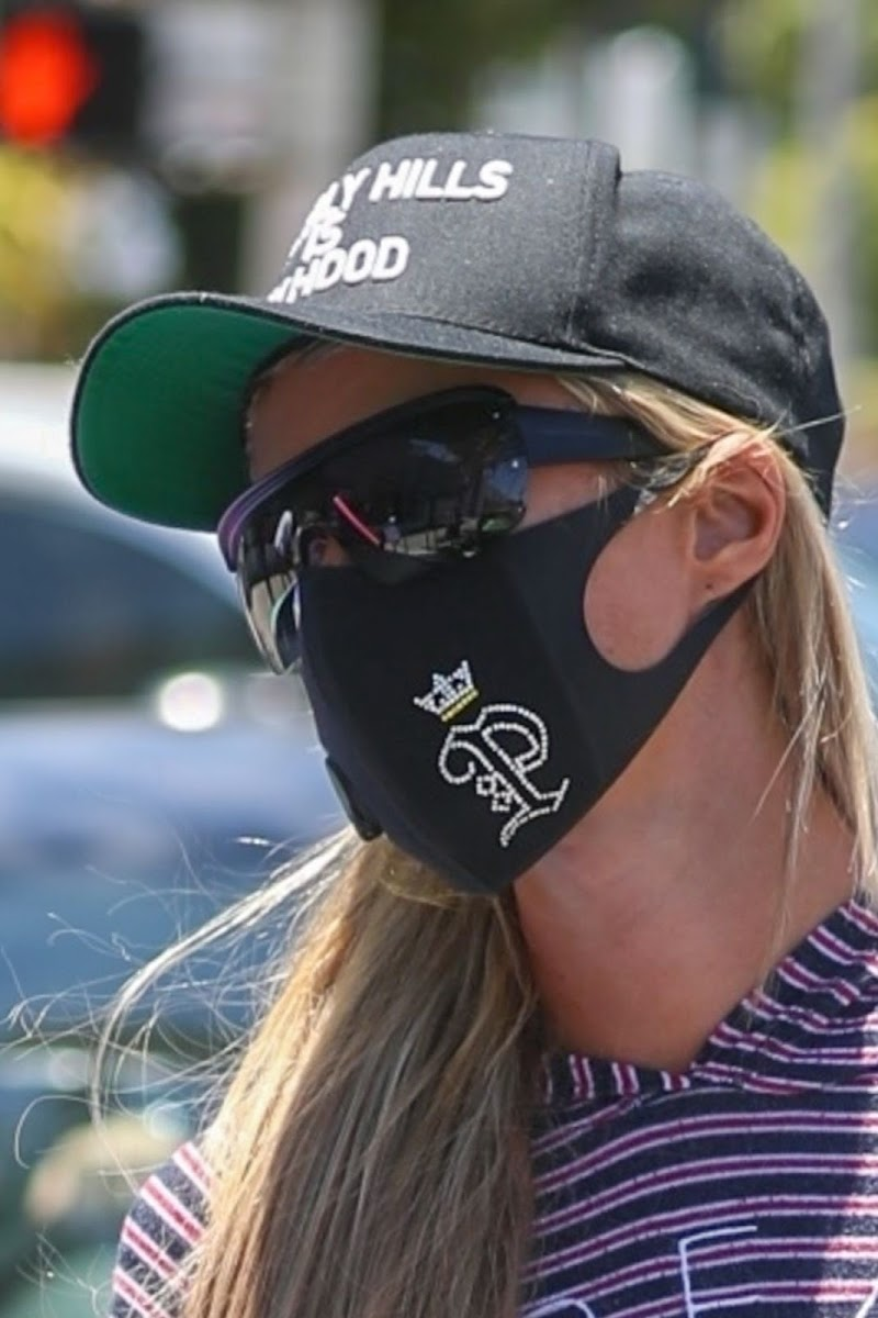 Paris Hilton Wearing a Mask Out and About in Beverly Hills 3 Jul -2020
