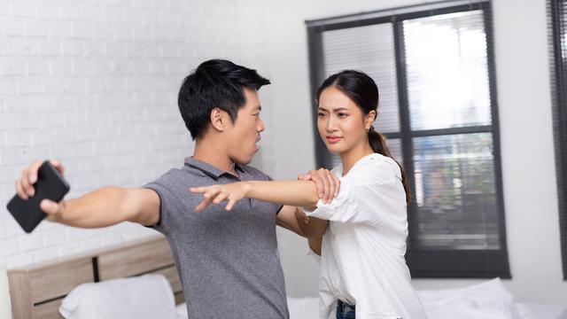 Pasangan Yang Terlalu Pencemburu Membawa Petaka Dalam Hidup