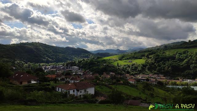 Trubia desde el Barrio de Villarín